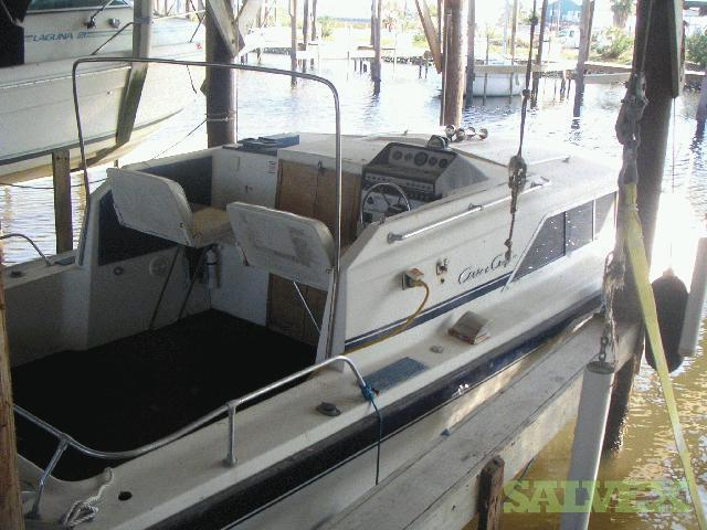 1977 28' Chris Craft Catalina