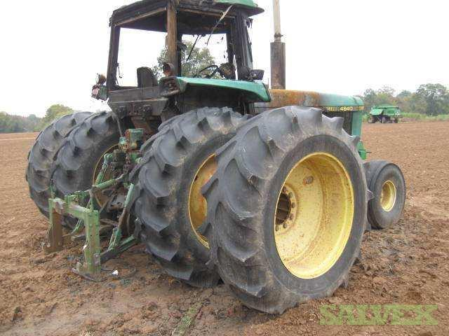 Dual Wheels For Tractors : Tractor john deere with dual rear wheels salvex