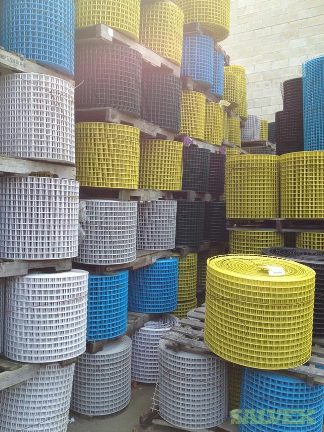 PVC Coated Galvanized Wire Mesh Roll -- 1.5x1.5   Salvex
