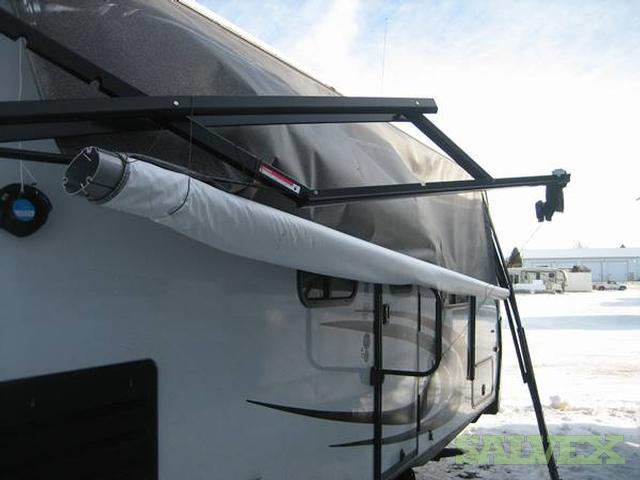 2014 Spree 322BHS Travel Trailer, Damaged