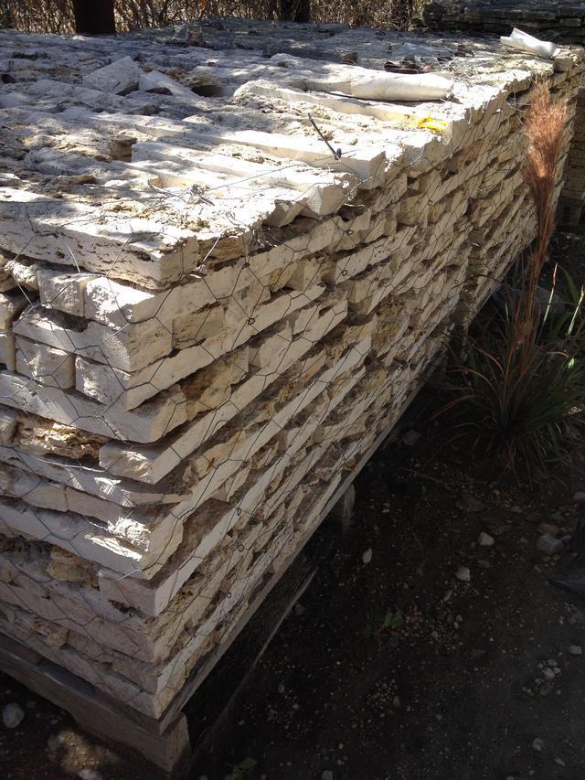 Brick & Stone - Qty: Approximately 78 Pallets