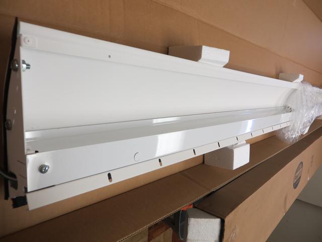 Peerless Lighting Cerra Wall Indirect Light Fixtures With