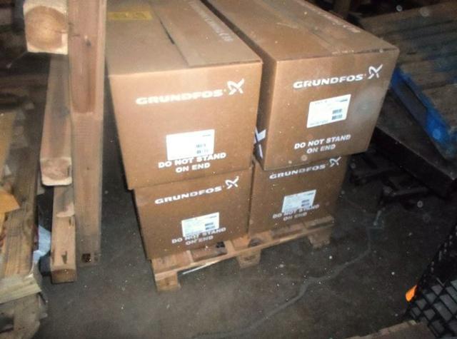Centrifugal Pumps / Grundfos 96516832 (4 pumps)