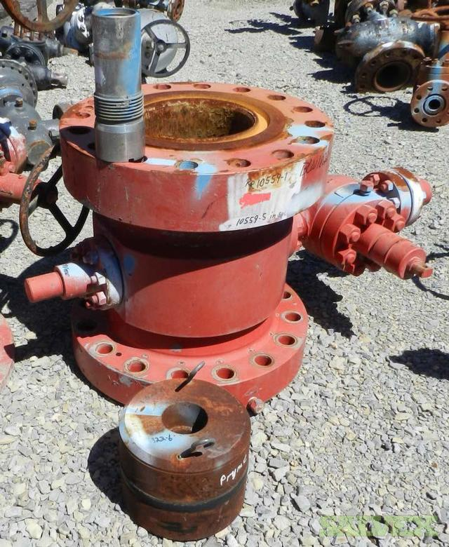 Christmas Tree Auction: Weatherford Wellhead Assembly Components: Christmas Tree