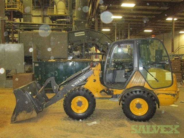 Volvo Compact Front End Loader Salvex