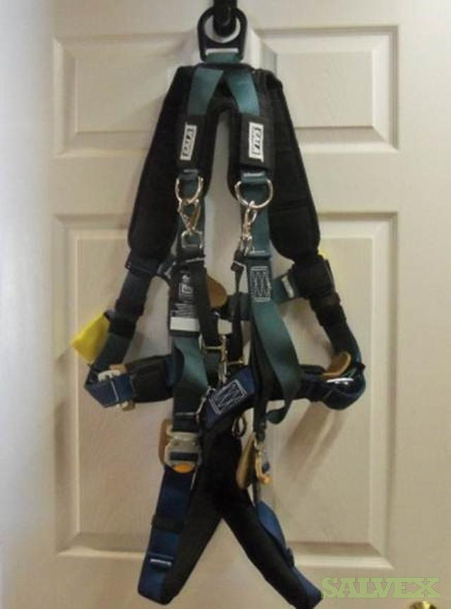 Safety Harnesses - Qty 17 Units