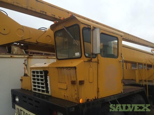 Reachall FWD Bucket Truck 1979