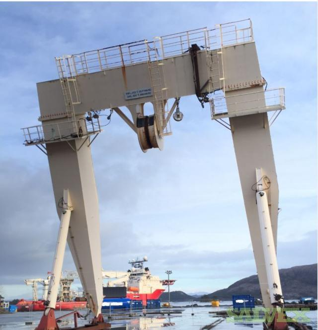 Hydralift Capacity A Frame Gantry Crane 1997 200 Ton