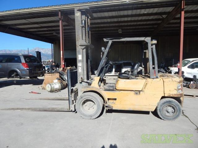 Caterpillar DP45 Forklift 2002