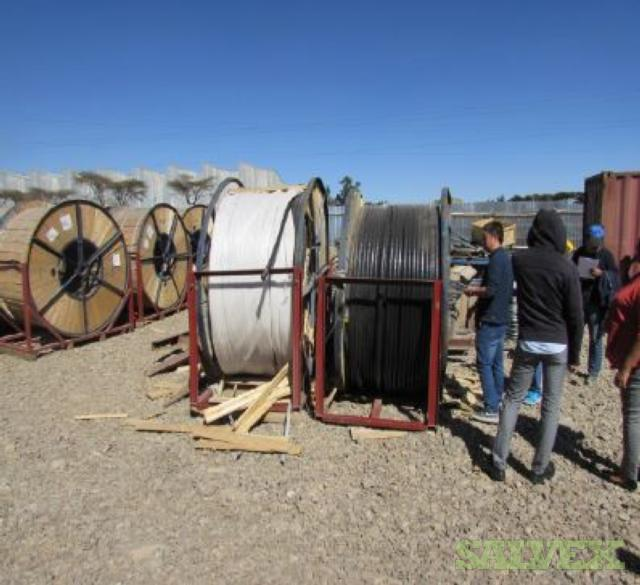 Suspension Insulators 15KV Power Cable - Damaged (16,065 Lbs)