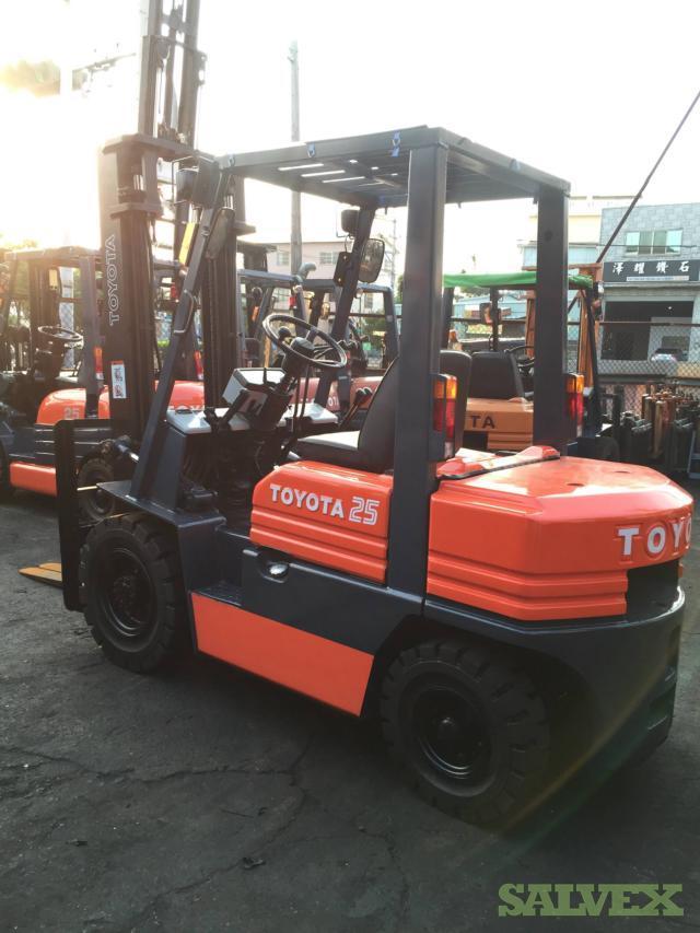 Toyota 5FD25, 6FD25, 7FD25 Diesel Forklifts (12 Forklifts)