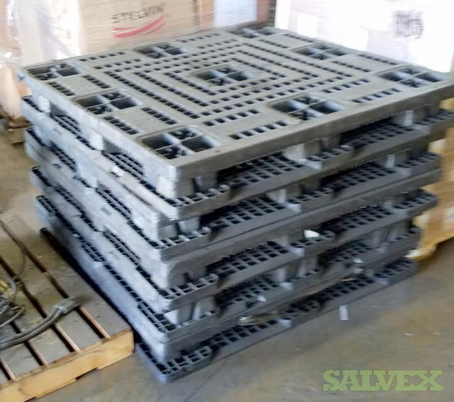 Used Plastic Pallets 48 X 276