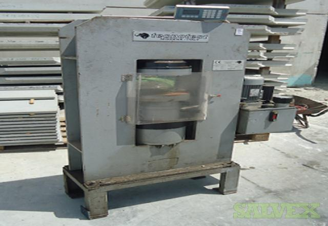 Tecnotest KD200 Concrete Testing Machine