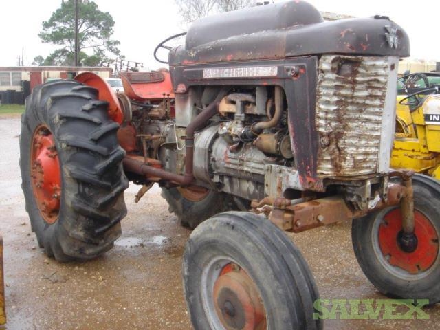 Massey Ferguson Farm Tractor - 1962