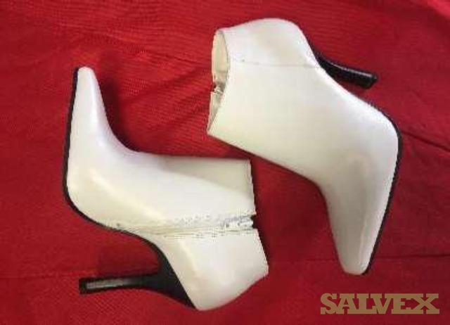 Women Designer Shoes (91,818 pairs)