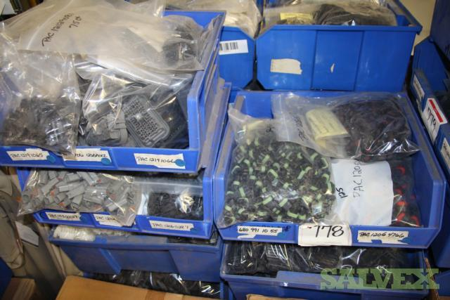 Automotive Electrical Connectors - 156,356 Pieces - Freightliner