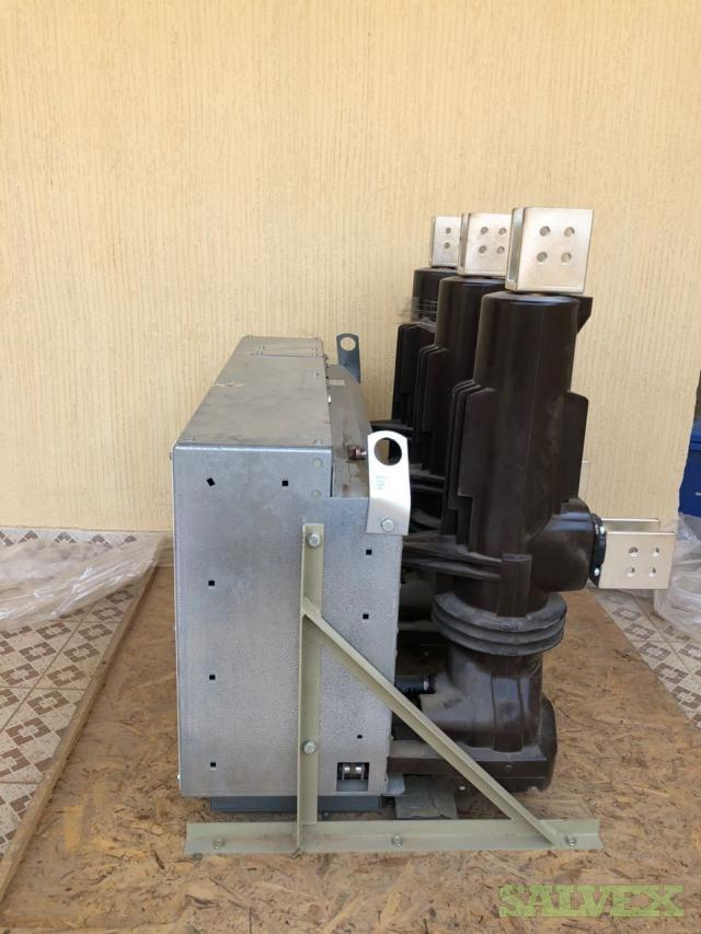 Schneider SF2 MV Circuit Breaker 36KV, 2500A, 25KA 3sec
