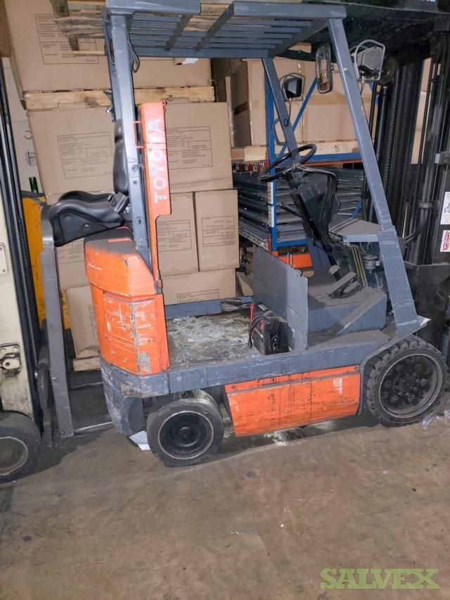 2000 Toyota Forklift 5FBCU25 with Side-Shifter