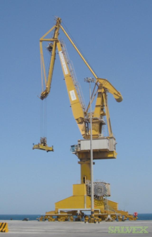 Reggiane Crane with Spare Parts