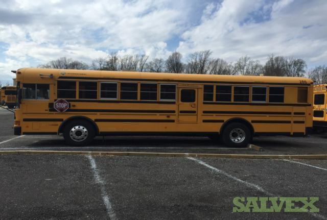 International Amtran RE300 6 Cylinders 7.6L MFI Turbo Dsl School Buses 2003 (2 School Buses)