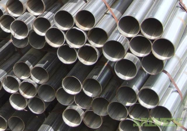 304 Stainless Steel Welded Tubing - 5 inch (127 mm) o.d. x 0.125 inch (3.18 mm) wall x 20 ft.(6.1 m) Long (150 pcs / 18,750 Lbs)