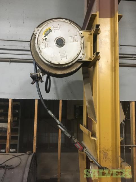 Graco Fire Ball Air Powered Pump with 500 Propane Gallon Tank