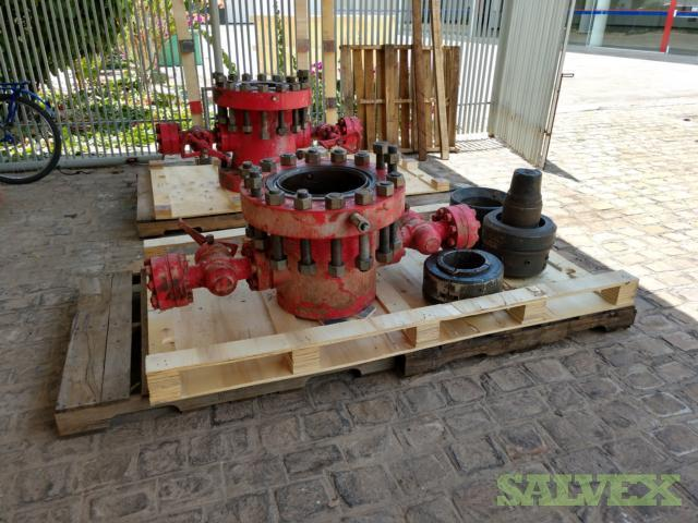 Wellheads - 13 5/8 Casing Spool (MWP 5000 PSI) and 13 5/8 Casing Head