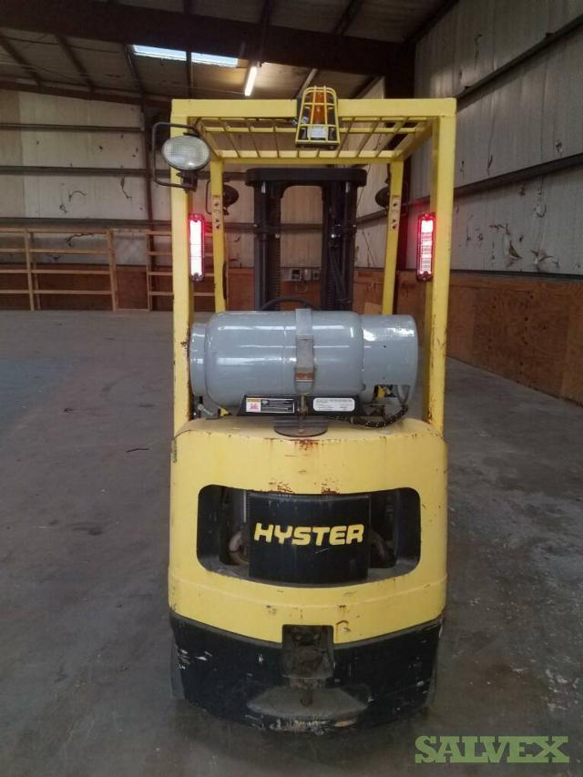 2005 Hyster S30XM Fork Truck