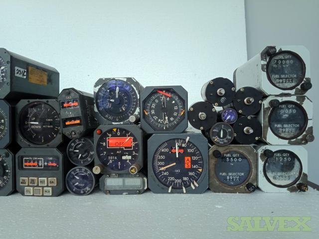 McDonnell Douglas DC-10 Flight Instruments (34 Pcs)