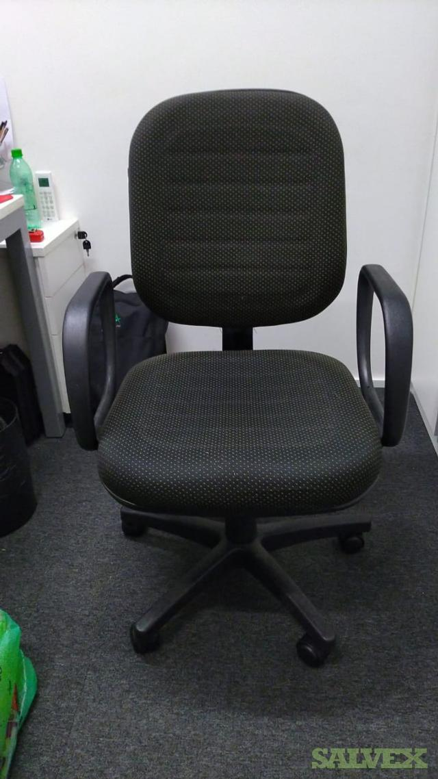 Rolling Office Chairs (205 Units)