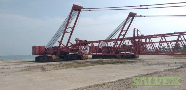 Manitowoc Crawler Cranes - 450 ton (2 units)