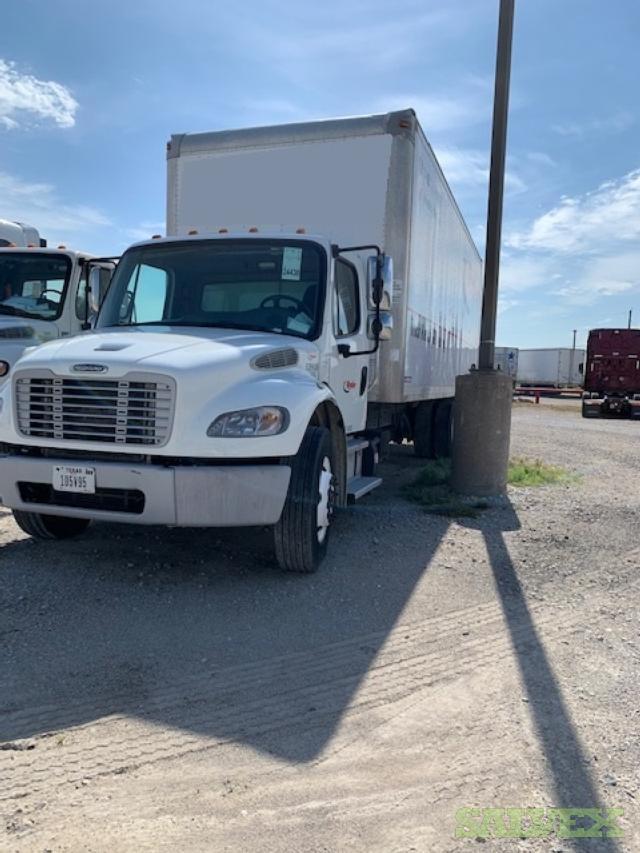 Freightliner M2 106 Truck 2015 (1 Unit)