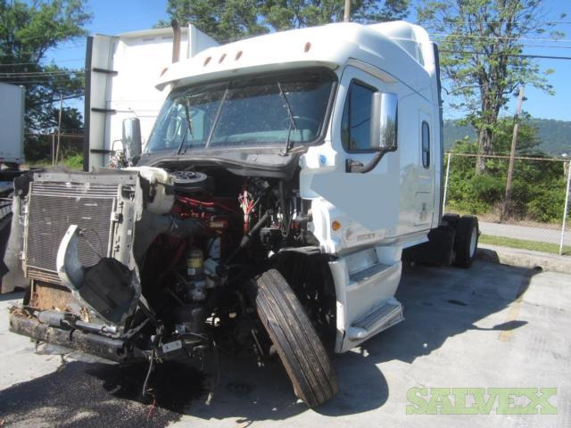 Freightliner Cascadia 125 T/A Conv Sleeper Tractor 2014 (1 Unit)