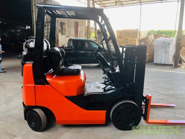 Toyota Forklift 5,000 LB Capacity - Refurbished
