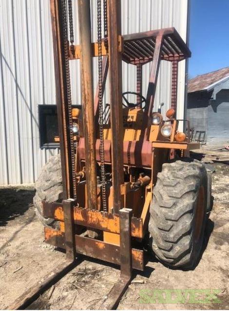 Case Forklift (1 Unit)