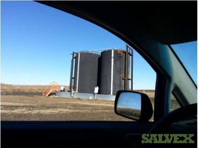 The 02 X 400 BBL Black tanks have external foam insulation and are internally coated (ref: 15-21-2)