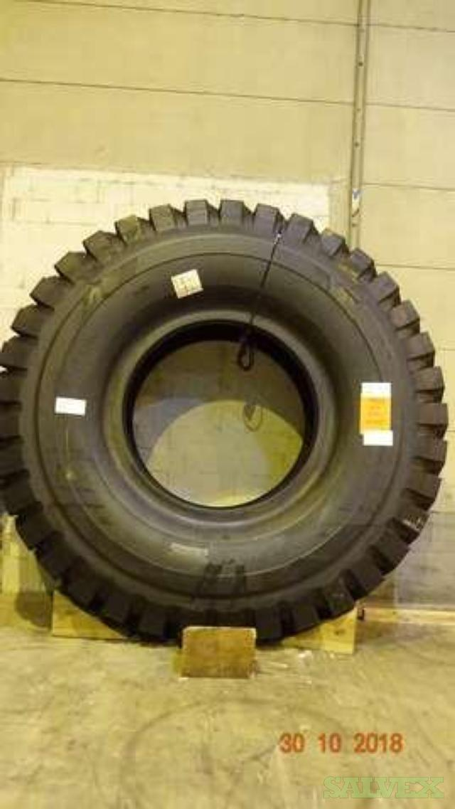 Bridgestone 37.00 W VRLS Tire - for Wheel Loaders (1 Unit)