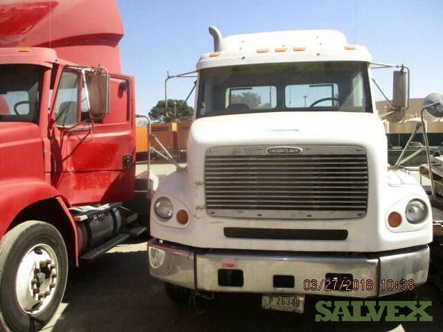 Freightliner FL 112 Truck 2000