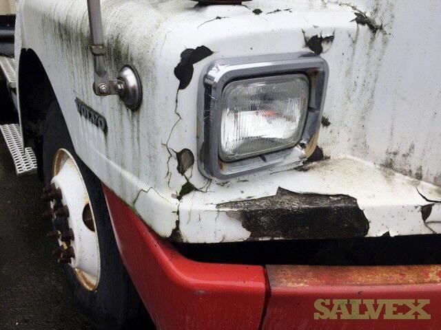 Volvo VNL Day Cab Truck 1997