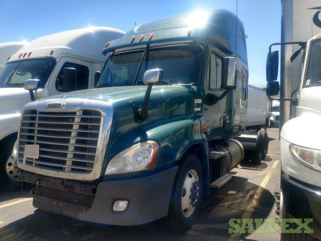 Freightliner Cascadia 125 T/A Conv Sleeper Tractor 2013