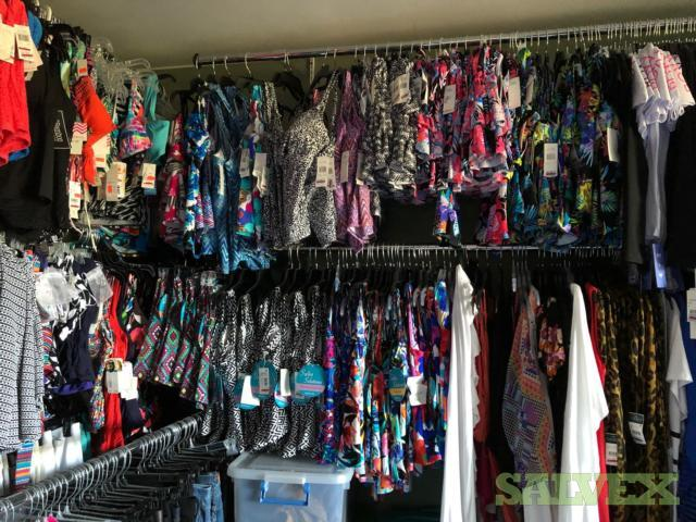 Designer Swimwear : Calvin Klein, Kenneth Cole,  Anne Cole,  Bar III,  Ralph Lauren, O'Neill, Volcom, & more (5000 pcs)