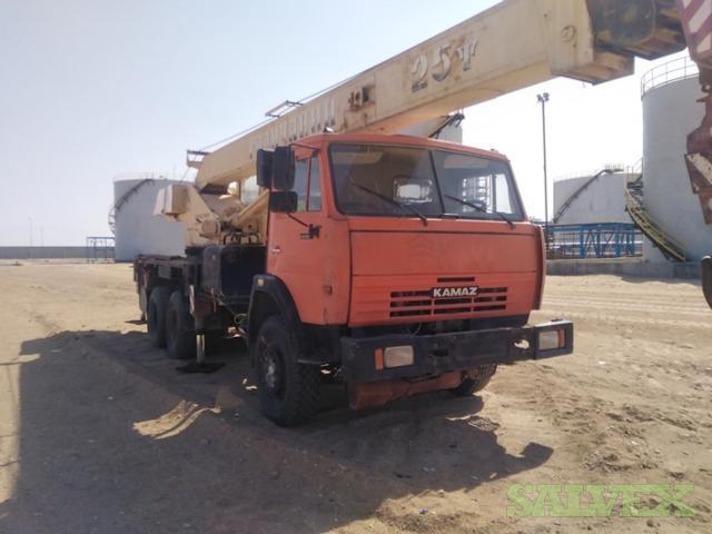 Crane Kamaz 25 Tons