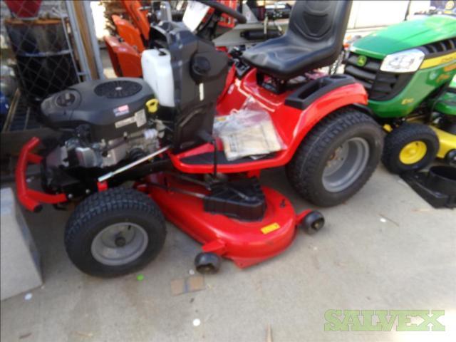 Craftsmen T310 Riding Lawn Mower