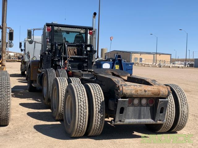 Tractors, International & Peterbilt, Slick Tractor, Wet Kit, Blower Tractor, Winch Tractor 2012-2018 Years - 77 Units