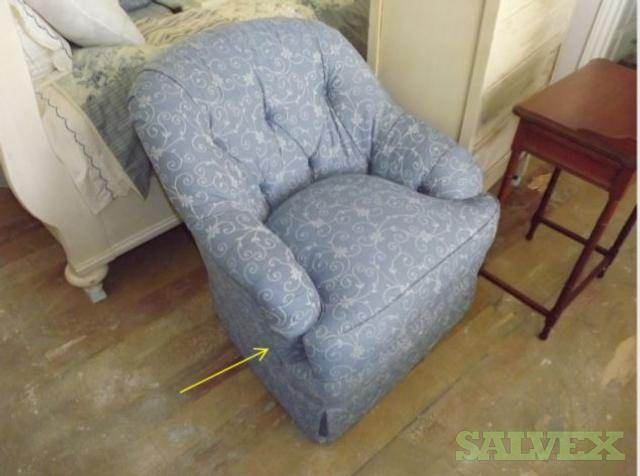 Spangler Chairs and Blatimore Falls Sofa (5 Units)