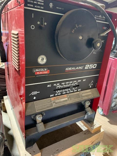 Lincoln Idealarc and Miller Dialarc Mechanical Welding Machines in Louisiana (4 Units)