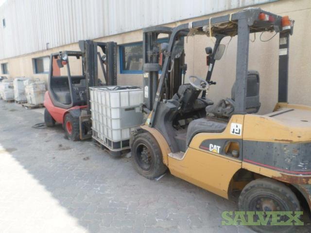 LINDE & CAT Forklifts (2 Units)