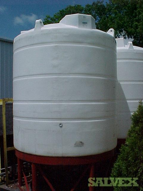 Horizontal Storage Tanks, and 3200/3400 Gallons Mixing Tanks (8 Units)