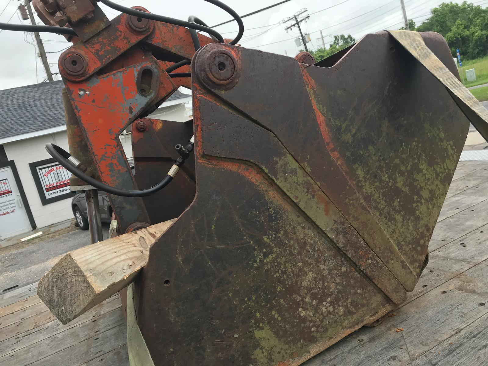 Knuckle Boom Bucket (5 Ft Wide x 40 Inches)