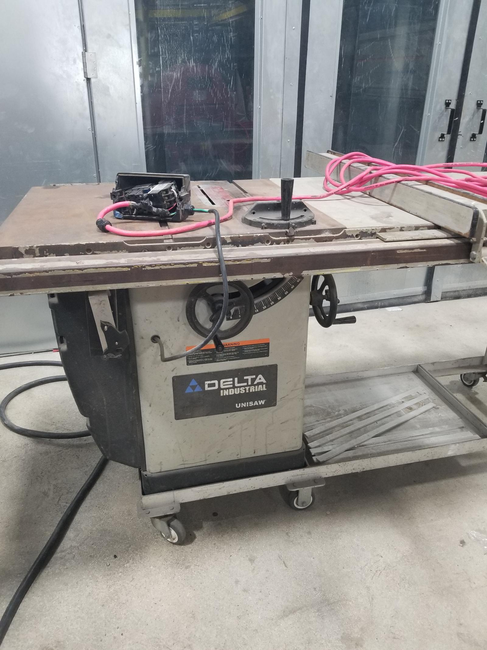 Delta Unisaw 36-953 Table Saw, Single Phase in Florida